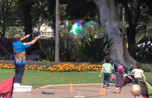Bubble wand in Hyde Park (Image source: My camera)
