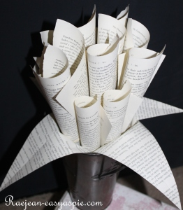 Raejean Easy as Pie's book-themed flower bouquets!