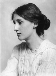 Virginia Woolf. When she was younger, the white lace was in trend. Image source: Platinum print taken by George Charles Beresford, 1902, courtesy of Hulton Archive and Getty Images